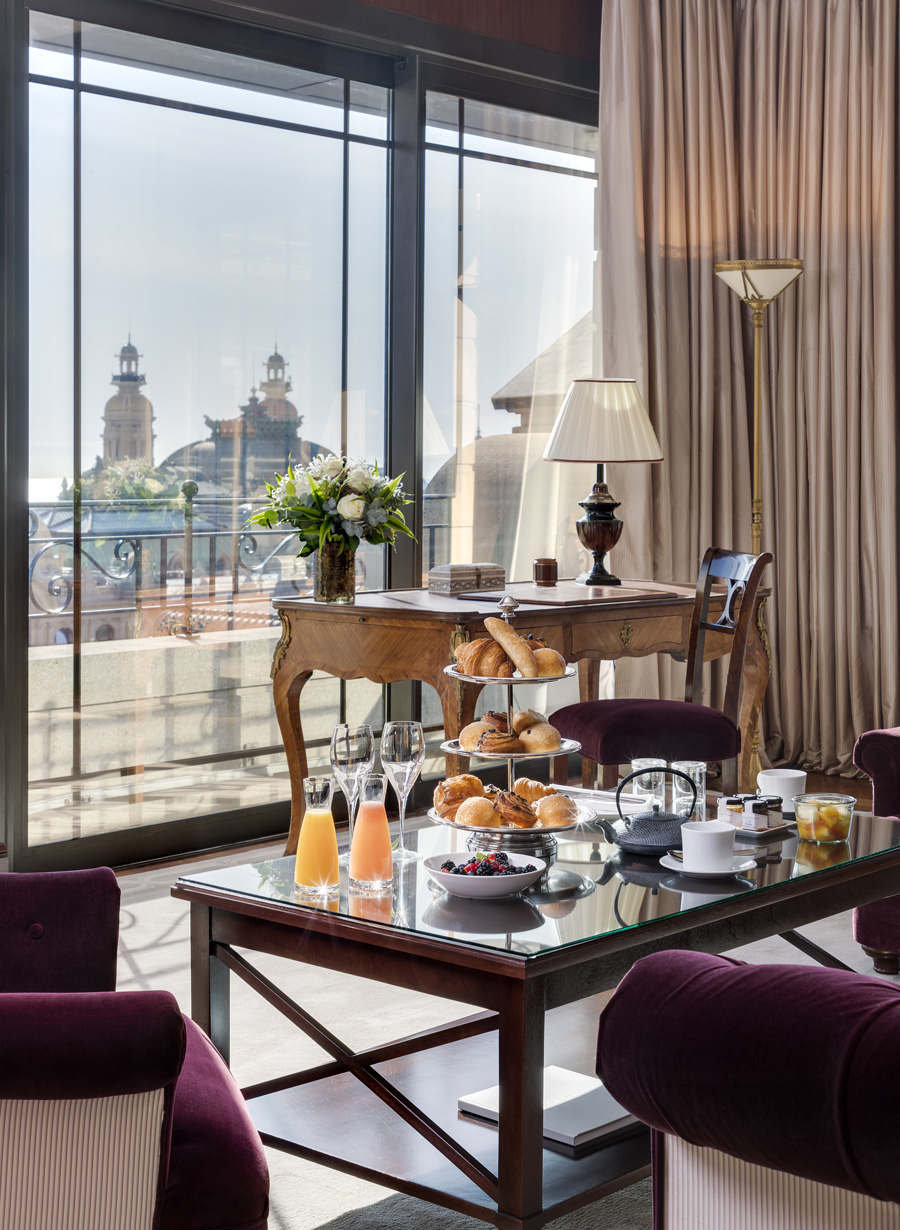 Suite-Carre-or_Hotel-Metropole