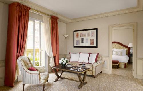 Suite-De-Luxe_Hotel-Metropole-MC