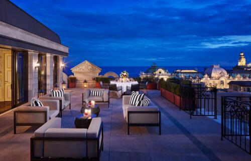 Terrasse-nuit-SCO_Hotel-Metropole
